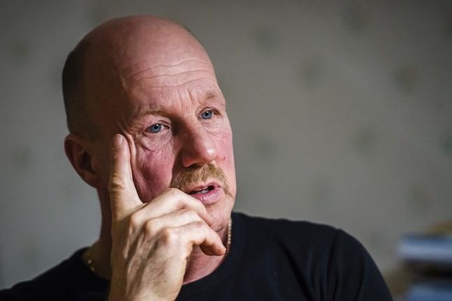 Greger Rönnqvist har börjat äta hälsosamt och tränar tio timmar i veckan. Det ger ork.
