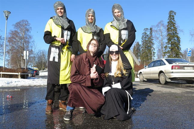 Laget Filicia r.f. Från vänster: Eddie Westerlund, Robin Kanckos, Johan Ekman. I främre raden: Jesper Jansson och Amanda Lindholm.