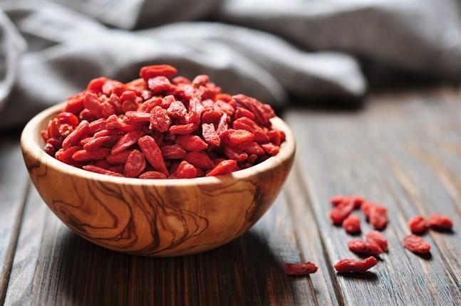 Gojibär används i Kina i flera maträtter, bland annat i soppor.