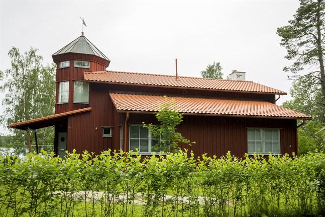 Det dyraste huset som är till salu i Vasa just nu finns på Västervik Villaväg.