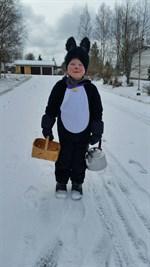 Vincent, 3½ år önskar Glad påsk från Kronoby.